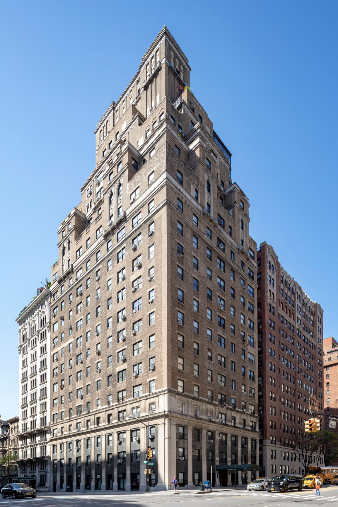 West End Avenue 263, New York, New York, New York, United States 10023, 1 Bedroom Bedrooms, ,1 BathroomBathrooms,Co-op,SOLD,Riverside Towers,263,8,1150