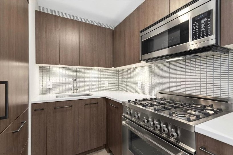 West 95th Street 175, New York, New York, New York, United States 10025, 1 Bedroom Bedrooms, ,1 BathroomBathrooms,Condo,FOR SALE,175 W 95,175,1151