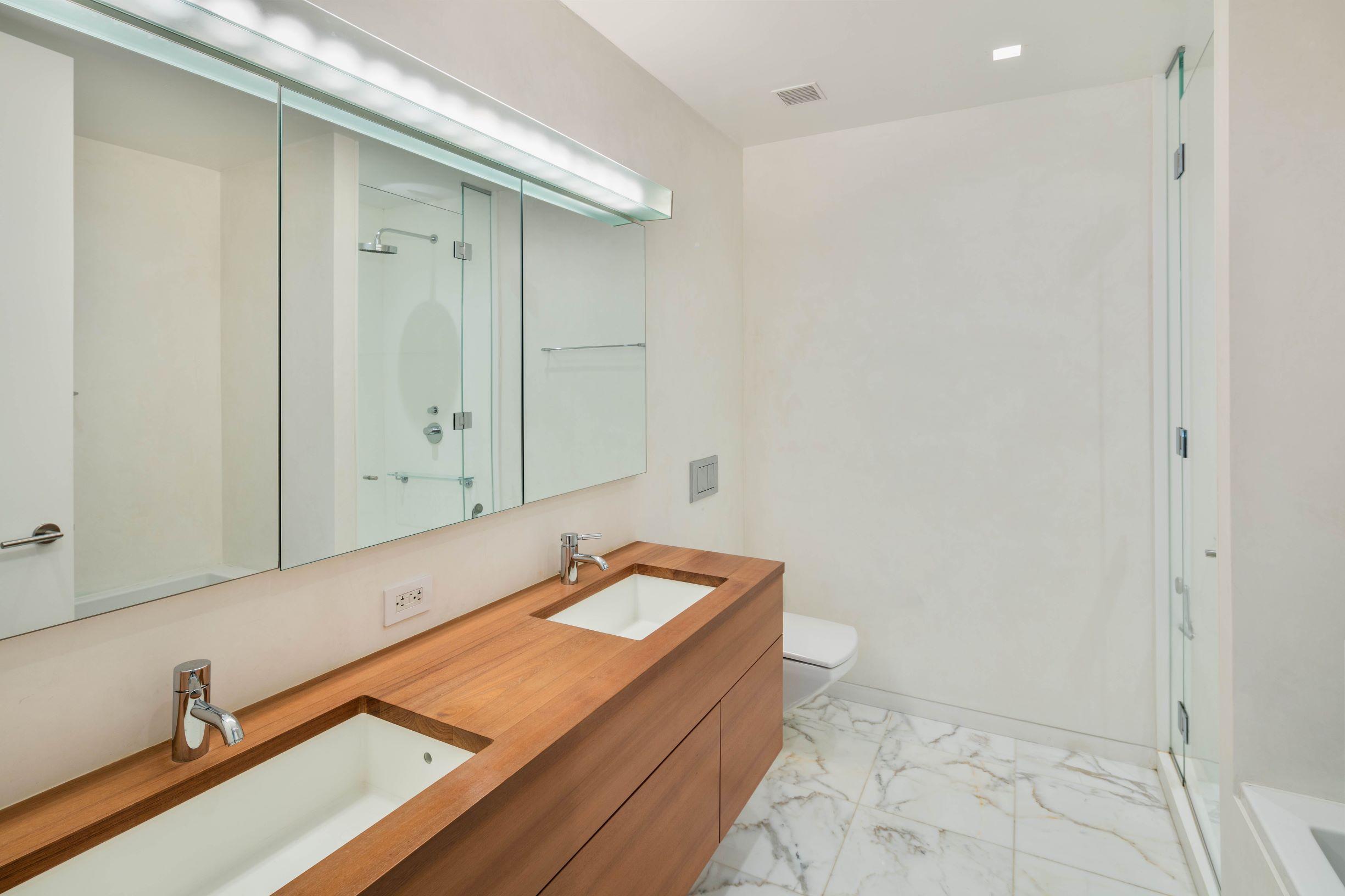 1 York Street, New York, New York, New York, United States 10013, 2 Bedrooms Bedrooms, ,2 BathroomsBathrooms,Condo,For Rent,One York,York Street,5,1155
