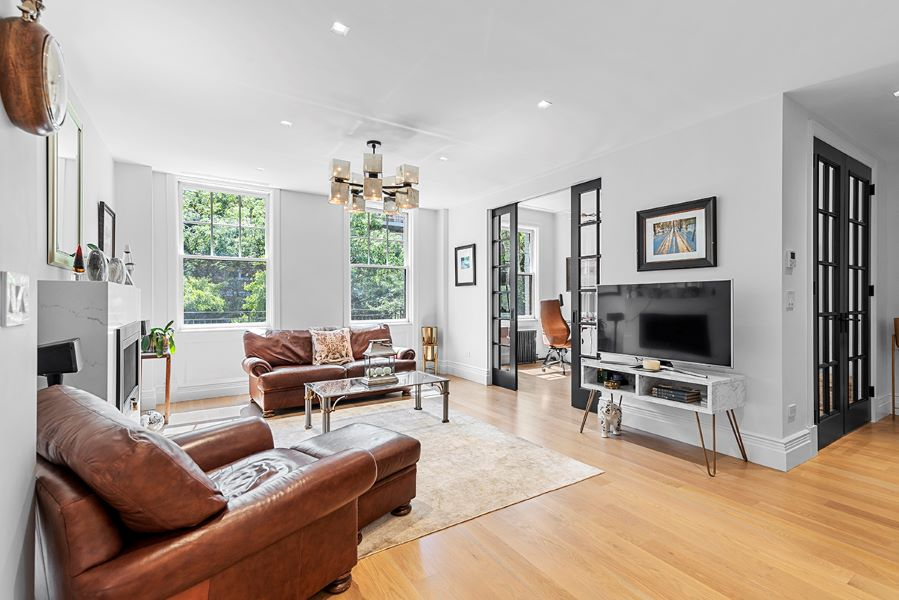37 West 93rd, New York, NY, New York, United States 10025, 3 Bedrooms Bedrooms, ,2 BathroomsBathrooms,Co-op,FOR SALE, West 93rd,4,1185