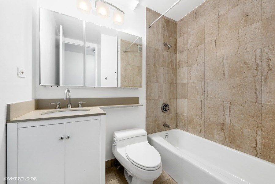 393 West 49th,New York,New York,New York,United States 10019,1 Bedroom Bedrooms,1 BathroomBathrooms,Condo,The Residences at Worldwide Plaza,West 49th,2,1076